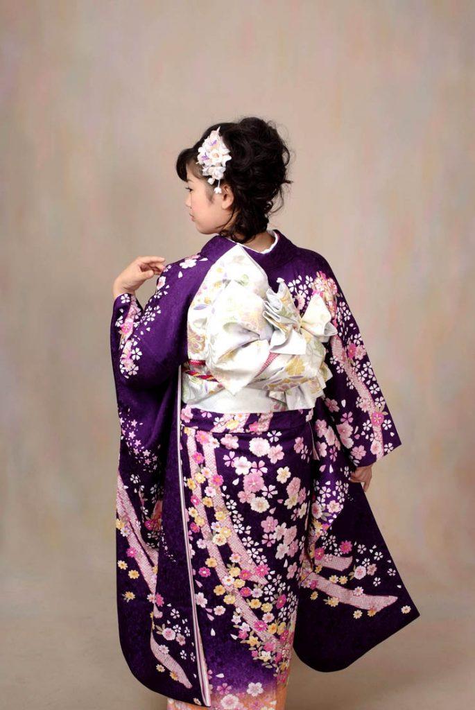 成人式に紫の振袖を着こなすオシャレコーディネート11選